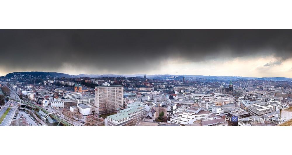 Ausblick vom Stadtsparkassenhochhaus Richtung Westfalenweg